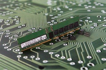 Đặc tả kĩ thuật DDR5 chính thức được công bố: Tốc độ xung nhịp cao với bộ điều chỉnh điện áp tích hợp.
