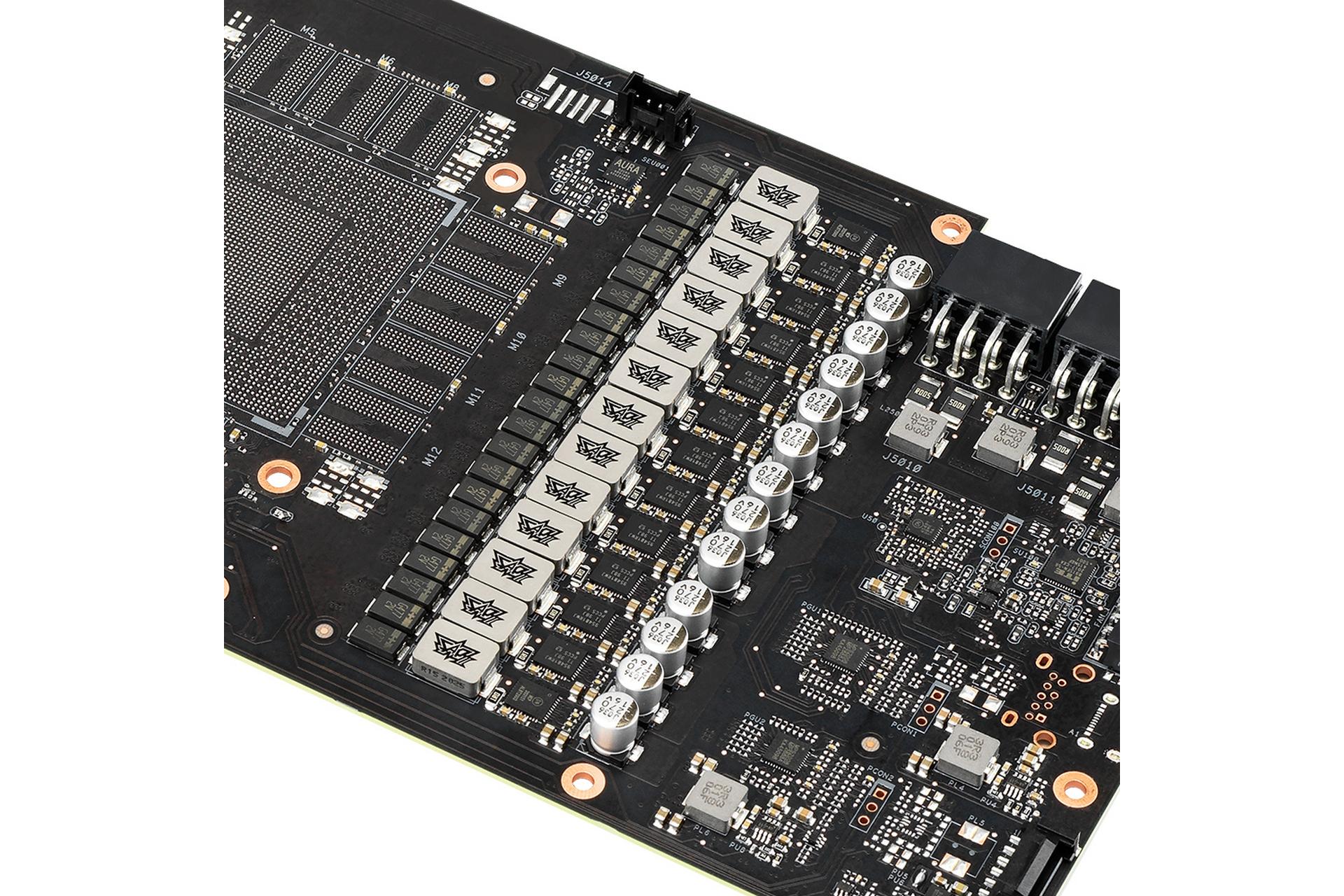 Các tụ điện, cuộn cảm và MOSFETs trên card ROG STRIX RTX 3090 OC Edition 24G GAMING
