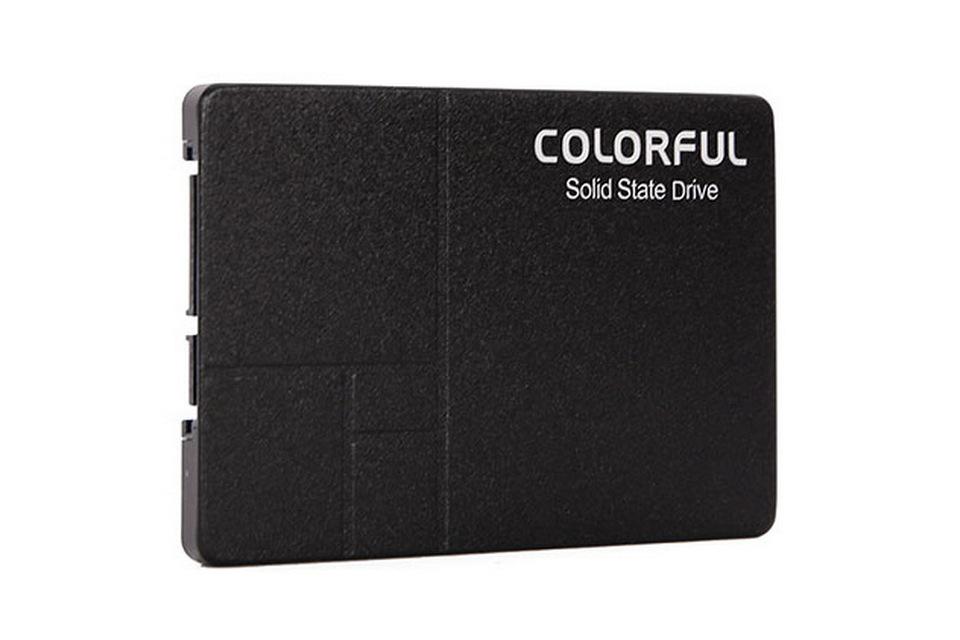SSD Colorful SL500 240GB được thiết kế sử dụng vỏ nhôm