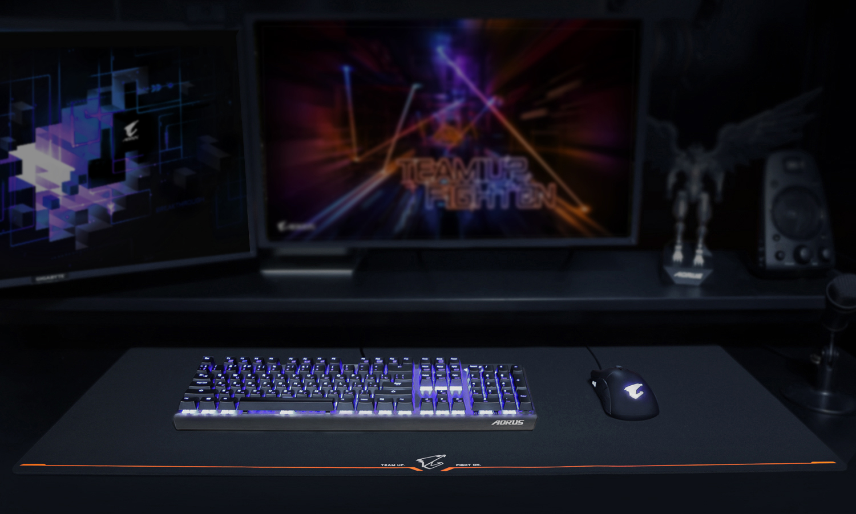 Gigabyte AORUS AMP900