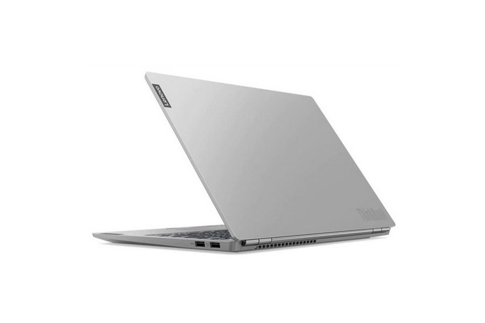 bàn phím của ThinkBook 13s gần như không có điểm gì đáng chê trách