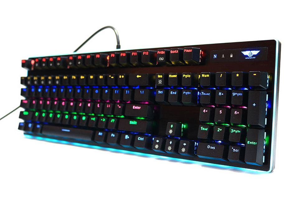 Newmen GM550 Thiết kế Tiêu chuẩn