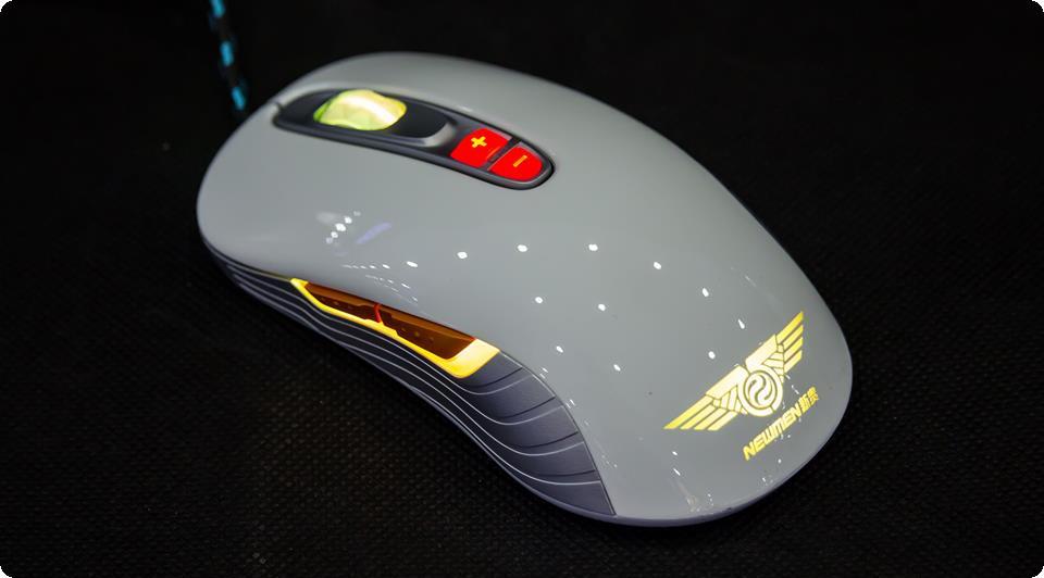 Newmen GX1-Plus Trắng Thiết kế cho người thuận cả 2 tay