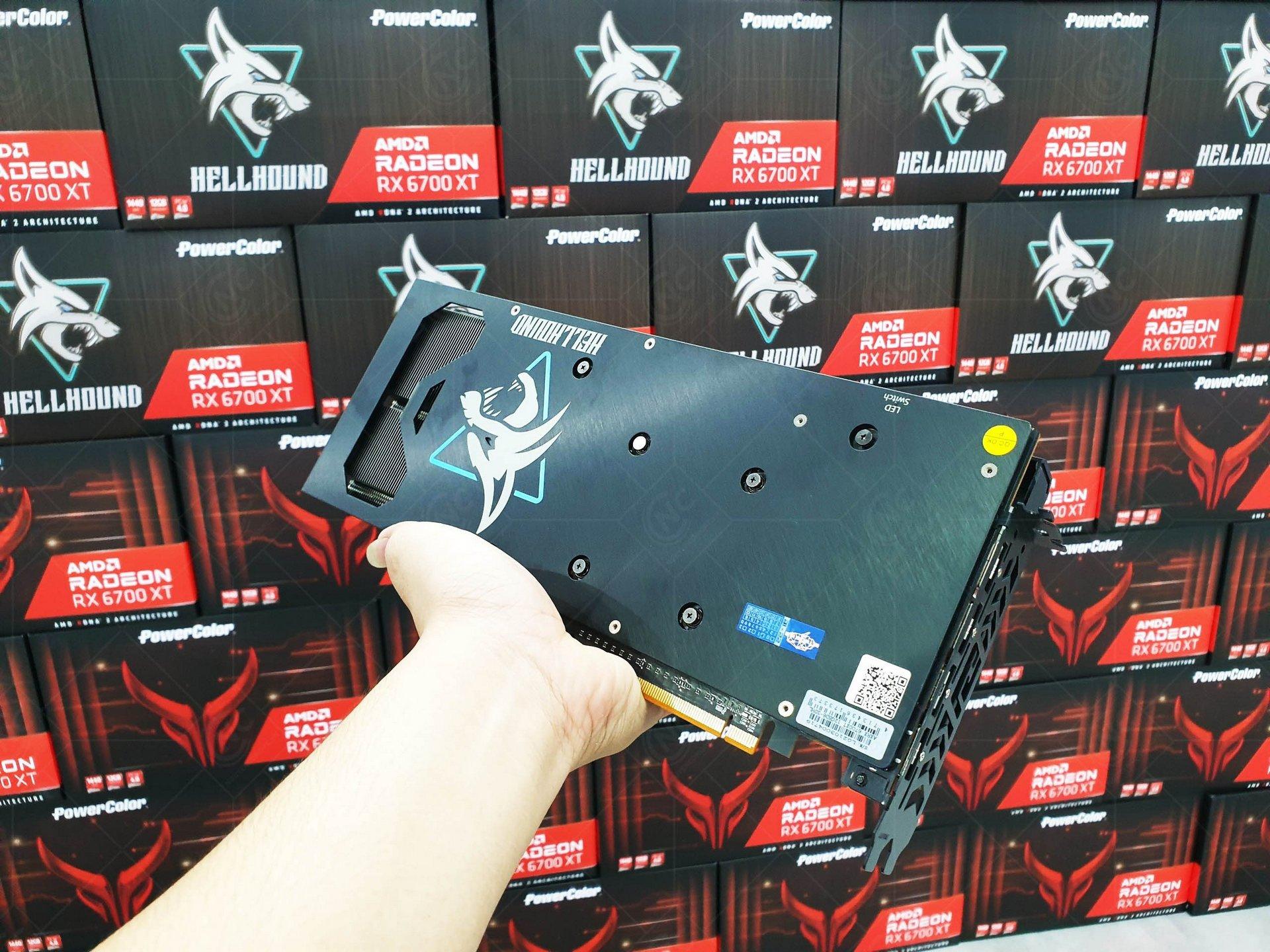 Powercolor Hellhound RX 6700XT 12GB GDDR6 ốp lưng