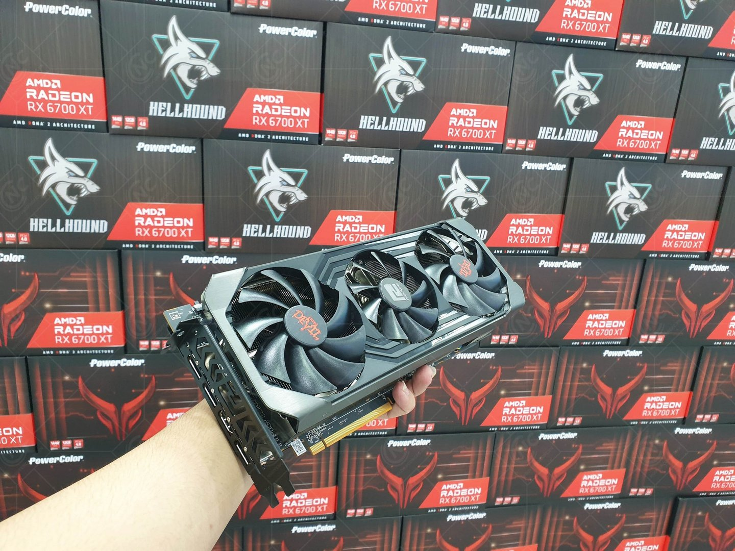 Powercolor Red Devil AMD Radeon RX 6700XT 12GB GDDR6