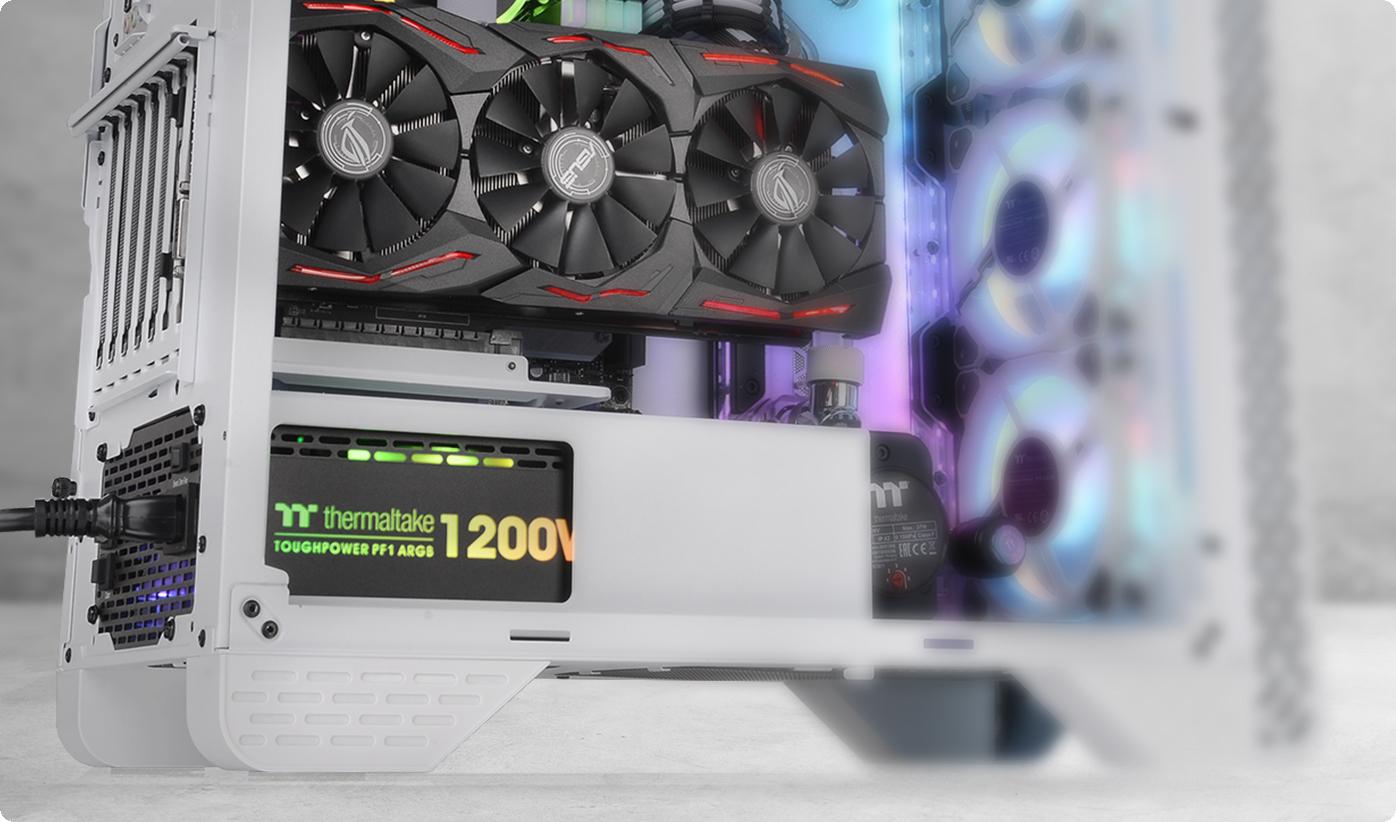 Nắp PSU tích hợp và Giá đỡ GPU Riser