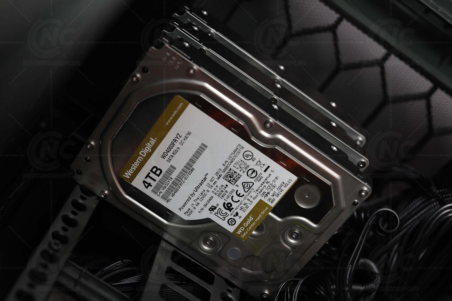3 x Western Digital Gold 4TB