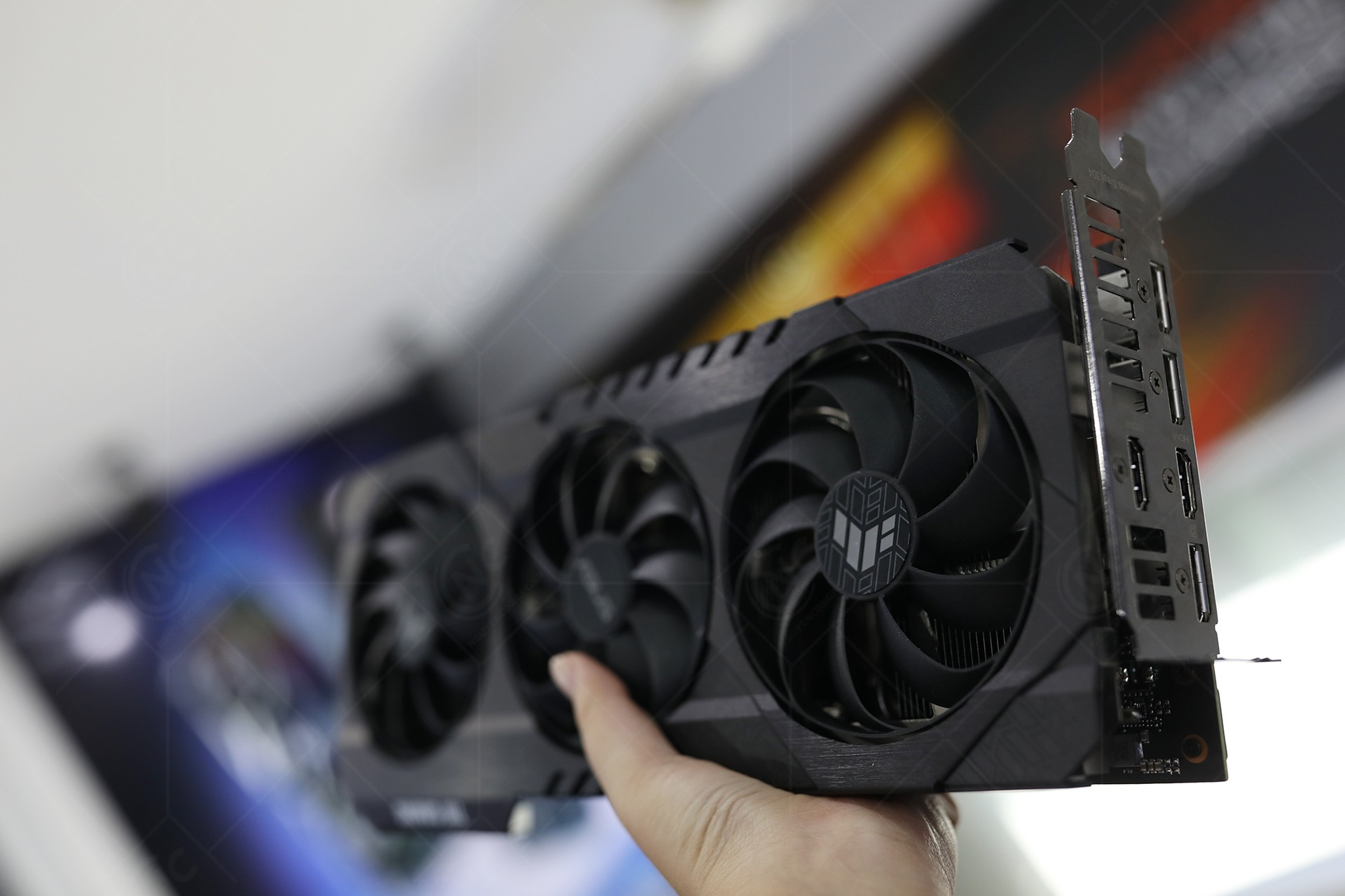 VGA ASUS TUF Gaming GeForce RTX 3070 OC 8G