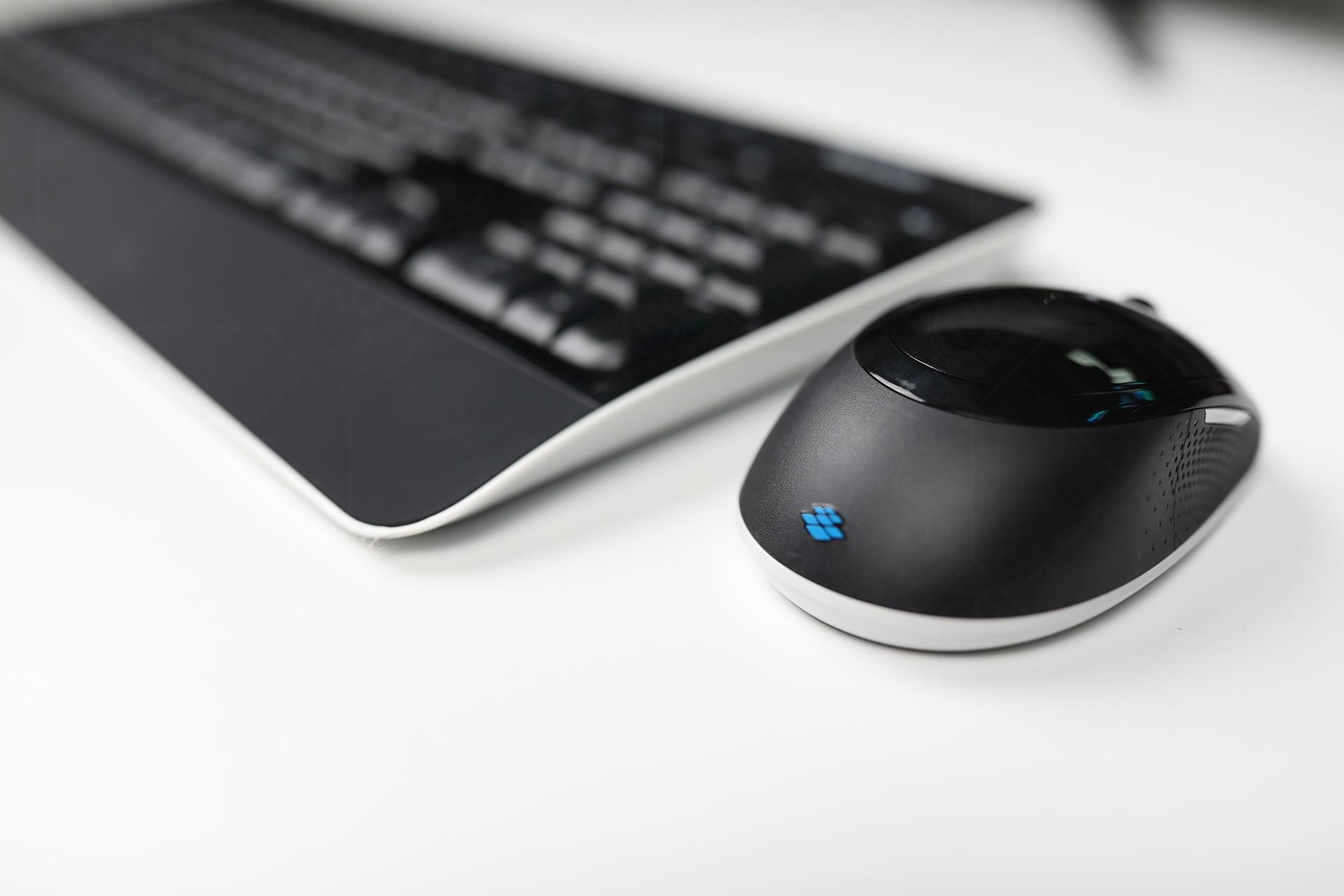 bo-ban-phim-chuot-microsoft-wireless-desktop-3050-pp3-00024-3