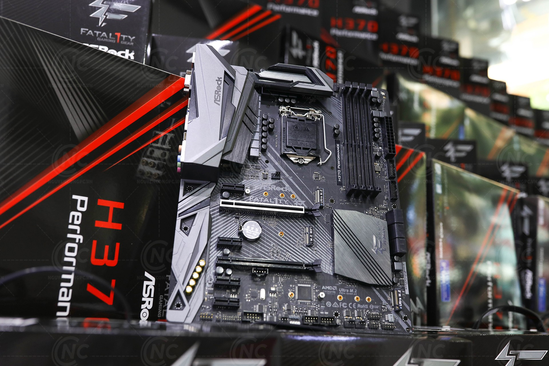 mainboard asrock fatal1ty h370 performance