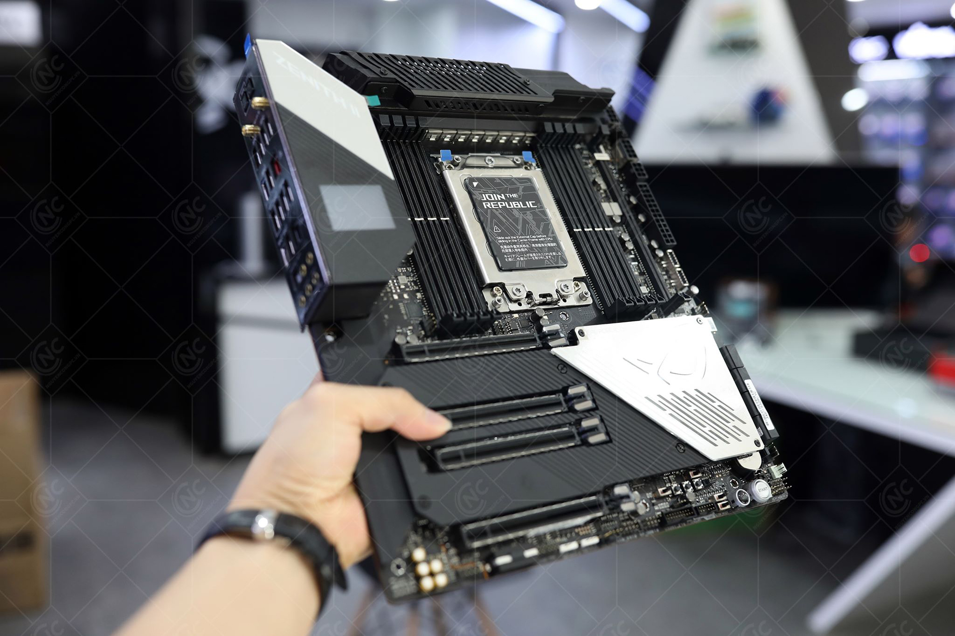 mainboard asus rog zenith extreme alpha