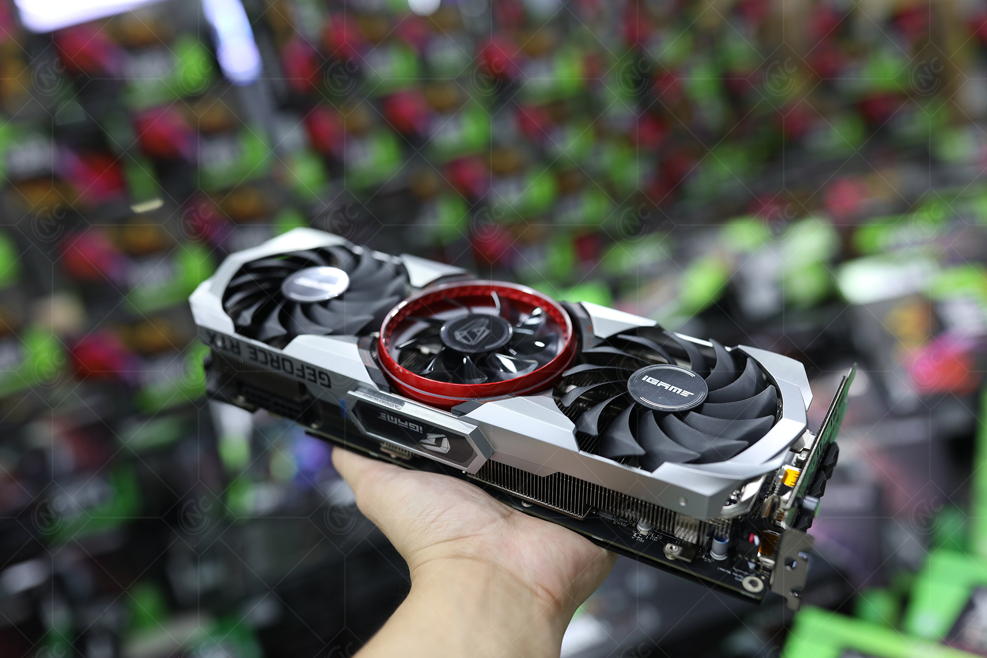 card-man-hinh-colorful-igame-geforce-rtx-3060-advanced-oc-12g-v