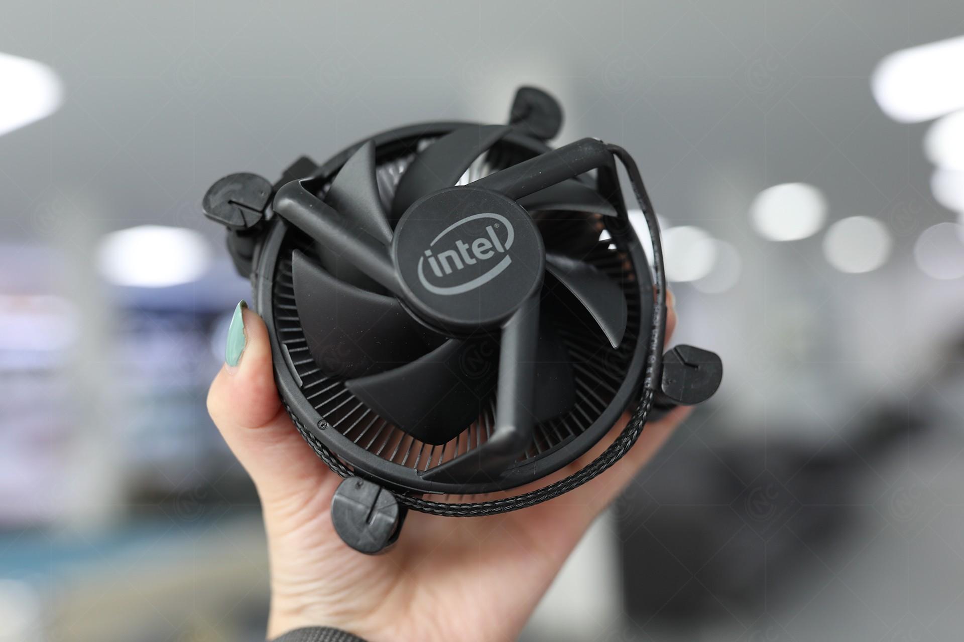 cpu Intel Core i3-10105F Fan